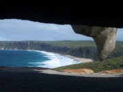Vista de una playa de Kangaroo Island desde Remarkable Rocks.