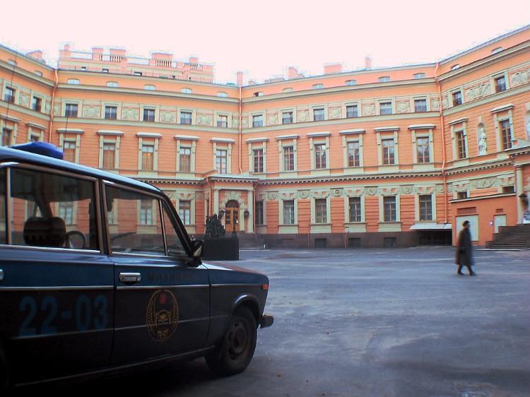The courtyard of the Mikhailovsky Castle.