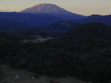 Mt St.Helens, viewed from just near Brent's home.