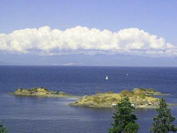 The view from their deck, at high tide. At low tide, you can walk to these islands.