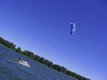 Kitesurfer on the Columbia River.